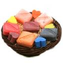 Corbeille osier, 6 savons et 5 miniatures Gamme couleur
